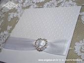 Pozivnica za vjenčanje Stylish White Exclusive