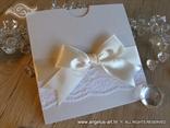 elegantna pozivnica sa cipkom i masnom krem boje