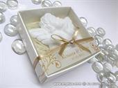 Konfet za vjenčanje - Magnet bijelo zlatni anđeo