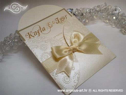 krem pozivnica za vjenčanje s 3D uzorkom čipke i mašnicom