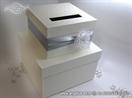 kutija za kuverte sa srebrnom trakom i ruzom
