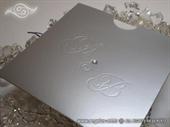 Pozivnica za vjenčanje Silver Monogram Charm